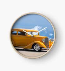 1933 Pontiac Deluxe 8 Touring Sedan IV Clock