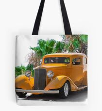 1933 Pontiac Deluxe 8 Touring Sedan Ia Tote Bag