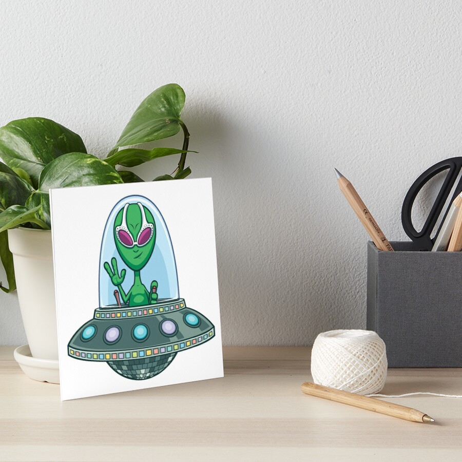 Alien Flying Saucer by Malchev