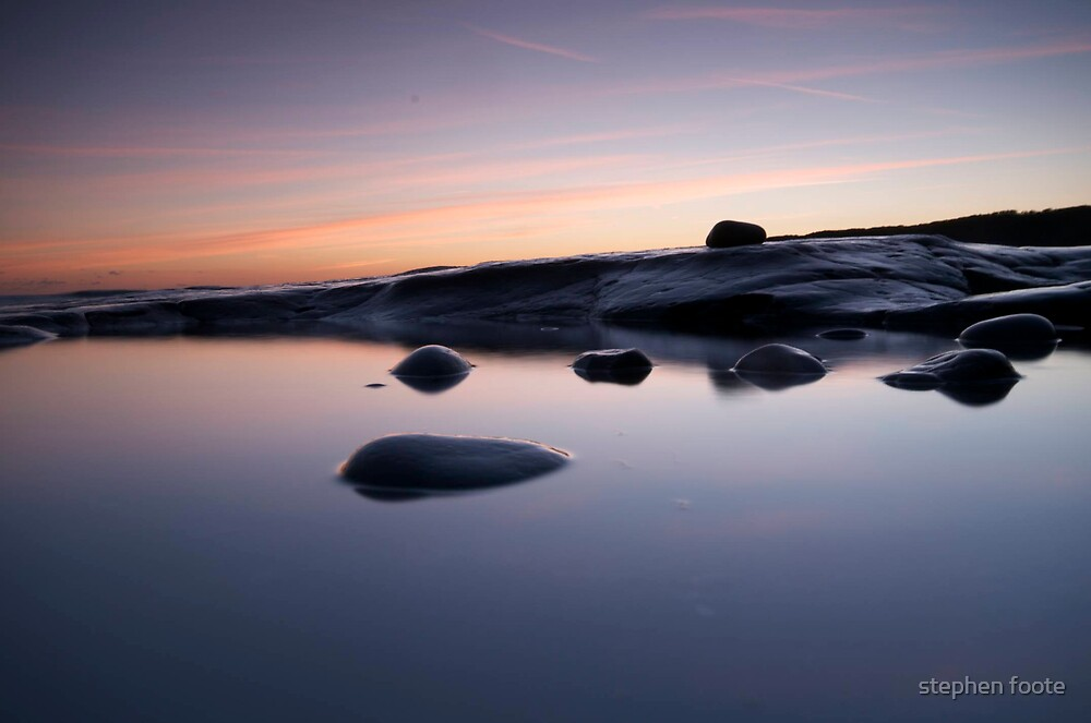 Rock in a Rockpool by stephen foote