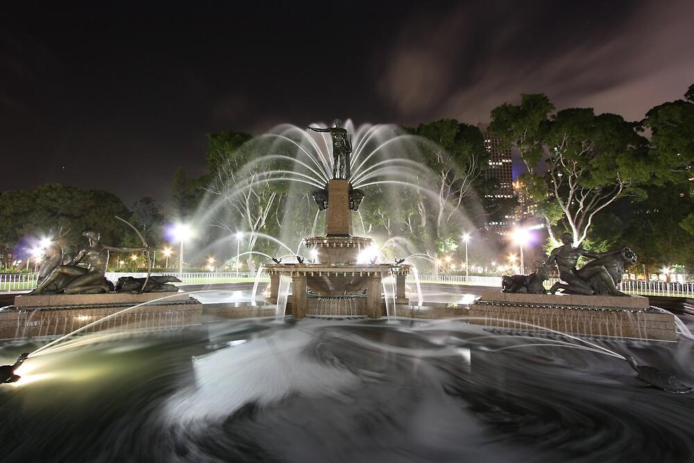 Hyde Park Fountain by zangten