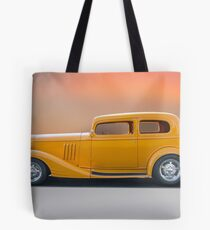 1933 Pontiac Deluxe 8 Touring Sedan 'Profile' I Tote Bag