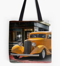 1933 Pontiac Deluxe 8 Touring Sedan II Tote Bag