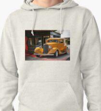 1933 Pontiac Deluxe 8 Touring Sedan II Pullover Hoodie