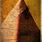Pyramid by malcblue