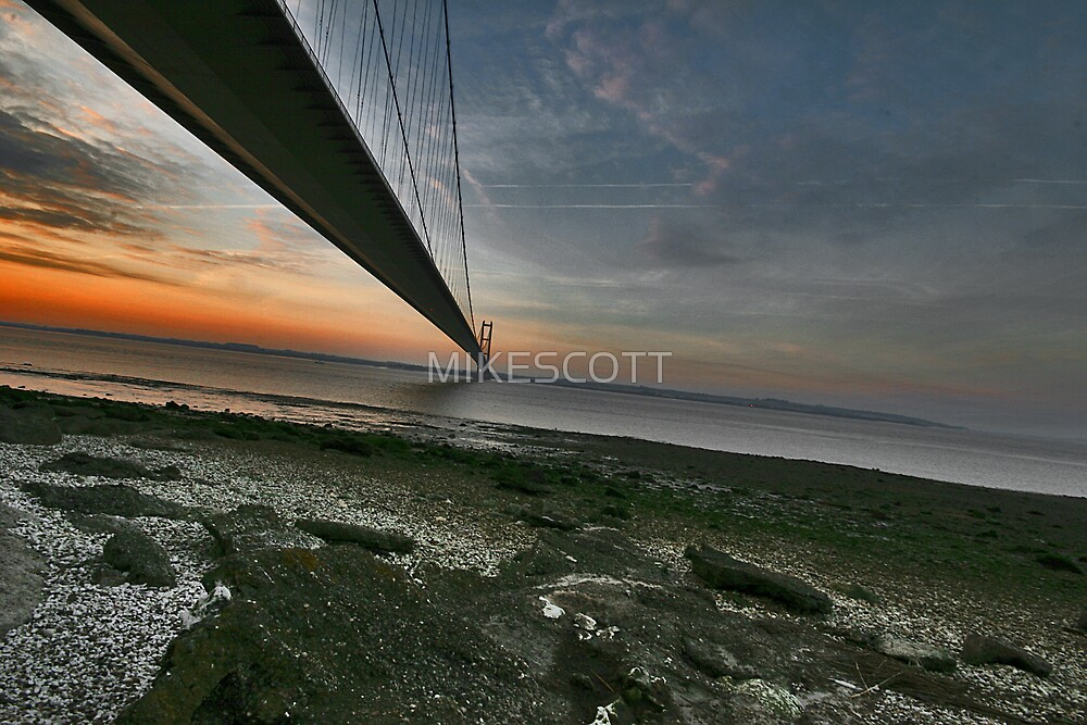 HUMBER BRIDGE DAYBREAK by MIKESCOTT