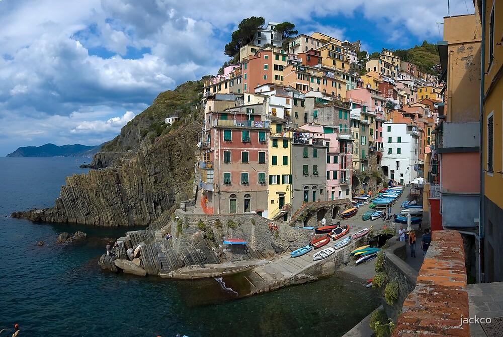 Cinque Terres - Riomaggiore by jackco ching