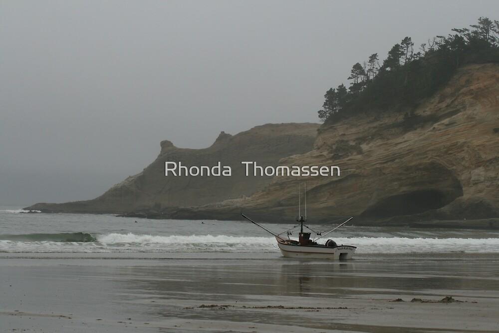 Dory Days by Rhonda  Thomassen
