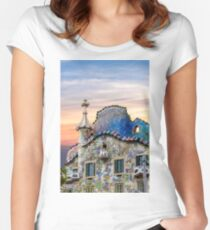 Gaudi Facade Fitted Scoop T-Shirt