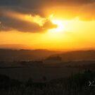 Tuscany Sunset - Italy by Yannik Hay