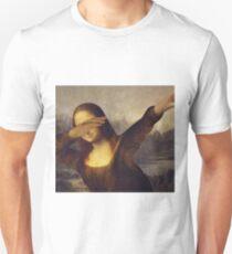 Mona Lisa dabbing Unisex T-Shirt