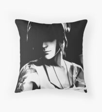 Chloe - Dark - Life is Strange Throw Pillow