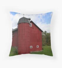 REDREAMING BARN WITH SILO Throw Pillow