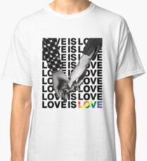 LIEBE IST LIEBE Classic T-Shirt