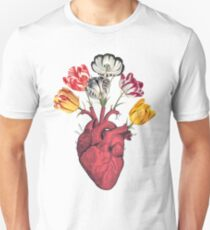 Heart with tulips T-Shirt