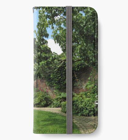 Der ummauerte Garten - Verlorene Gärten von Heligan iPhone Flip-Case