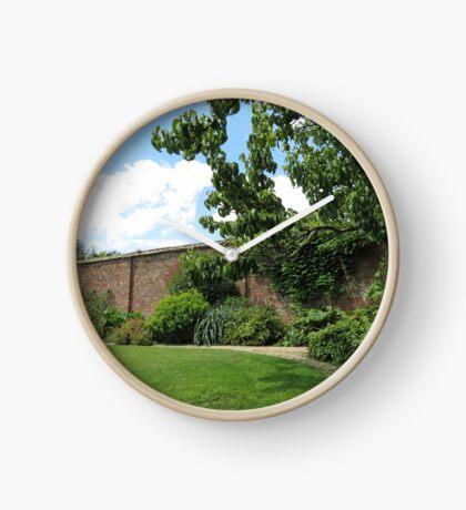Der ummauerte Garten - Verlorene Gärten von Heligan Uhr