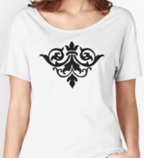 Decorative Victorian Style Vintage Floral Ornament Women's Relaxed Fit T-Shirt