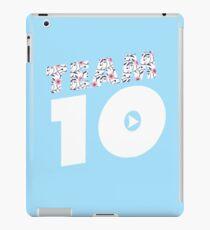 Team 10 Flowers iPad Case/Skin