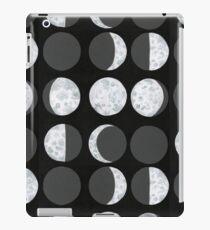 Moon Phases Chart - Dark iPad Case/Skin