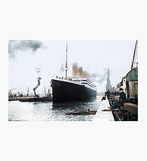 Titanic prepares to leave port, 1912 Photographic Print