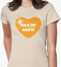 Følg dit hjerte (Orange) Women's Fitted T-Shirt