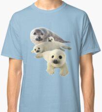 Gray seals arctic Classic T-Shirt