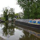 Classic English canal scene by CruisingTheCut