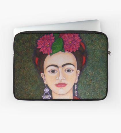 Frida Kahlo portrait with dalias  Laptop Sleeve