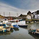 Polperro harbour Cornwall by eddiej