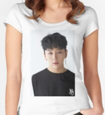 ROH TAEHYUN  Women's Fitted Scoop T-Shirt