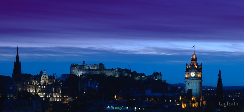 Edinburgh skyline at dusk by tayforth