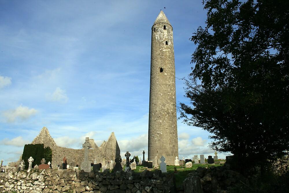 Kilmacduagh round tower 2 by John Quinn