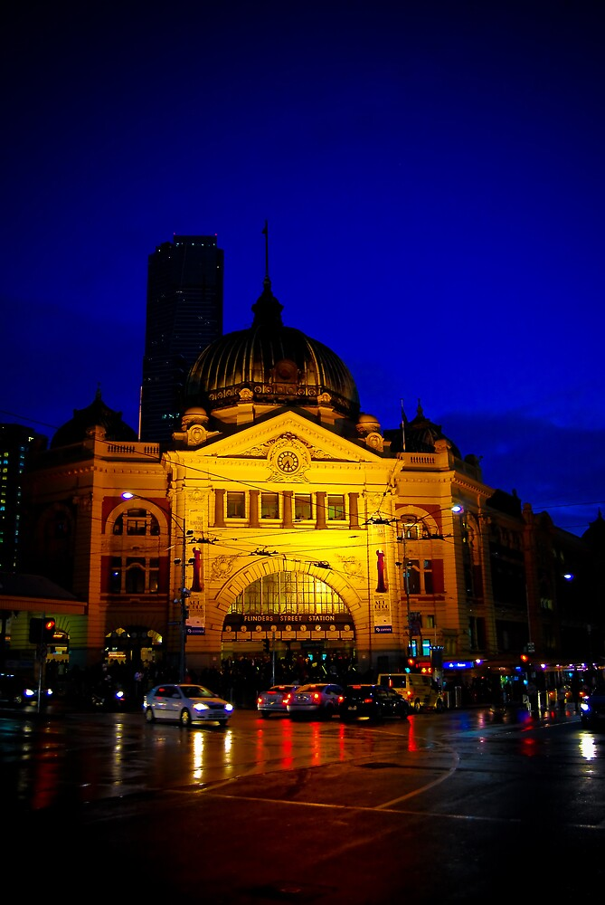 Flinders Street Station by Anthony and Kelly Rae