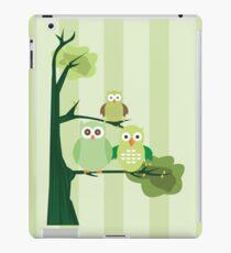 Green Owls iPad Case/Skin