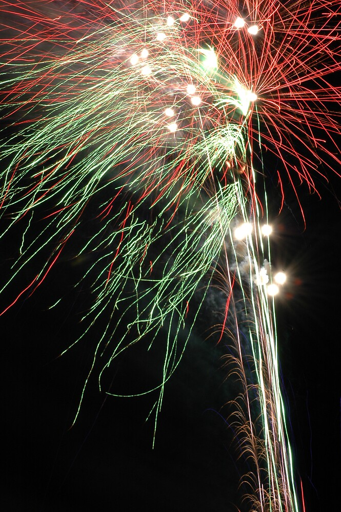 Fireworks Shepparton Show 2008 by kittbagg