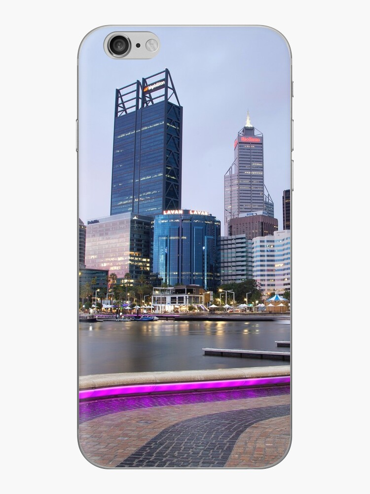 Storm Brewing over Perth Skyline by mncphotography