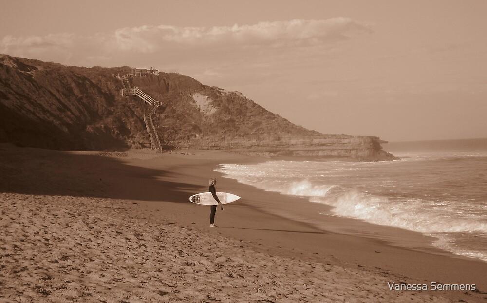 Bells Beach by Vanessa Semmens