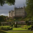 Dunrobin Castle by diggle