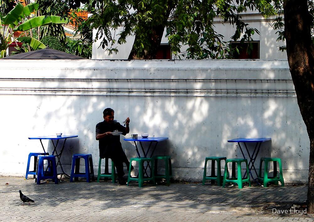Sidewalk Cafe by Dave Lloyd