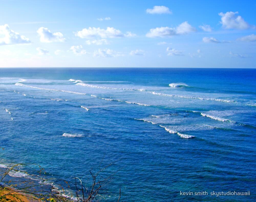 Diamond Head Surf by kevin smith  skystudiohawaii