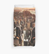 flying over manhattan Duvet Cover