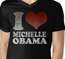 I love Michelle Obama 08 t shirt Mens V-Neck T-Shirt
