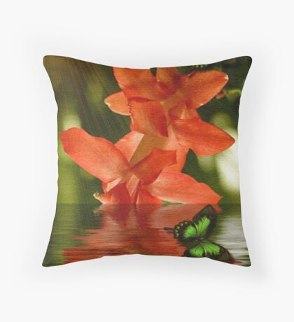 ~ CHRISTMAS CACTUS ~ Throw Pillow