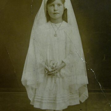 Mary McIntosh 1907 - 1995 by annthracks