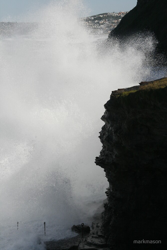 High tide by markmason