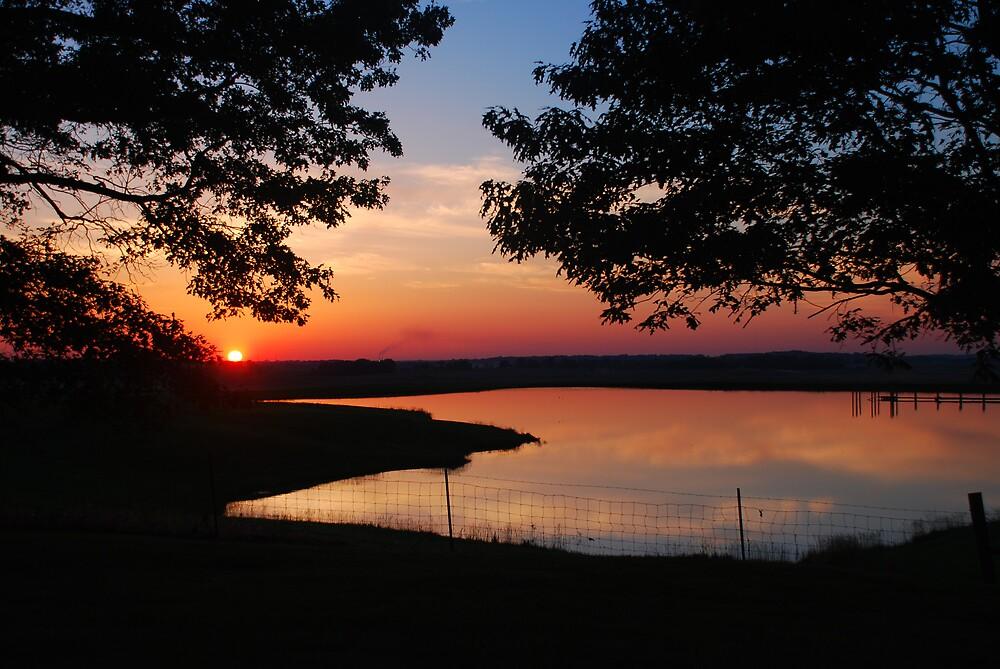 Sunset Pond by kentuckyblueman