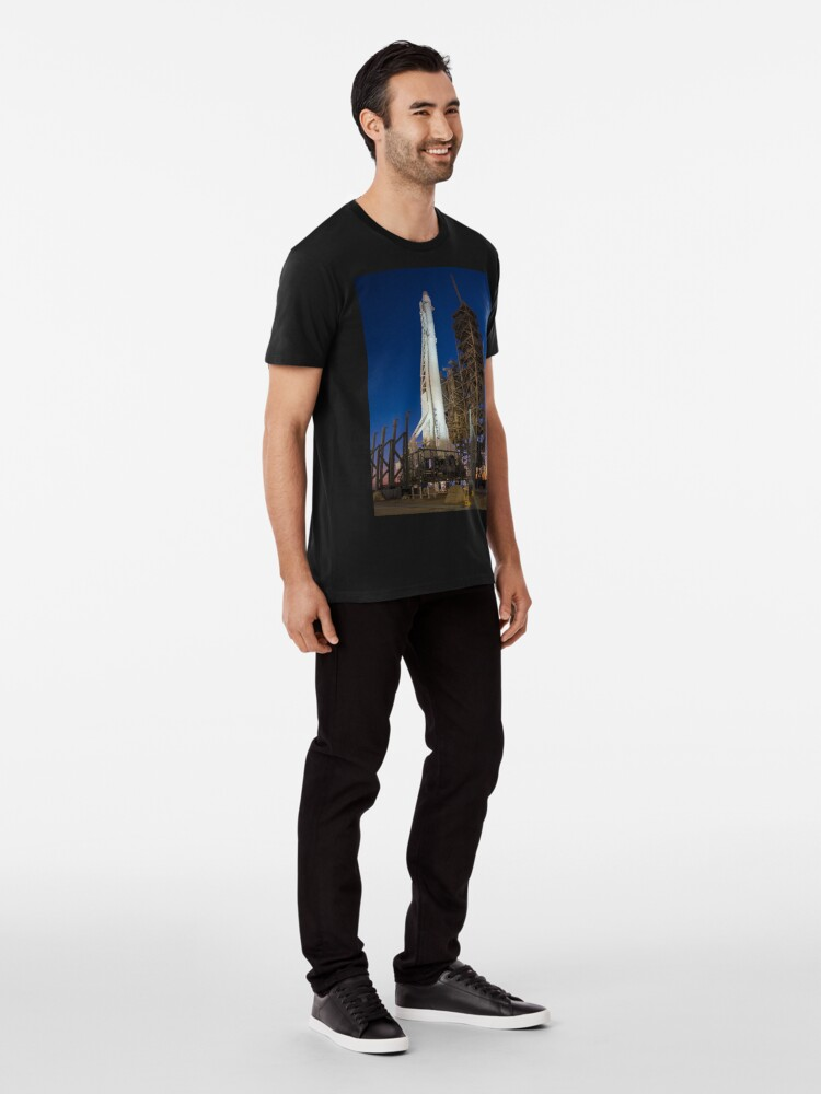 Alternative Ansicht von Spacex Falcon 9 und Drache Premium T-Shirt