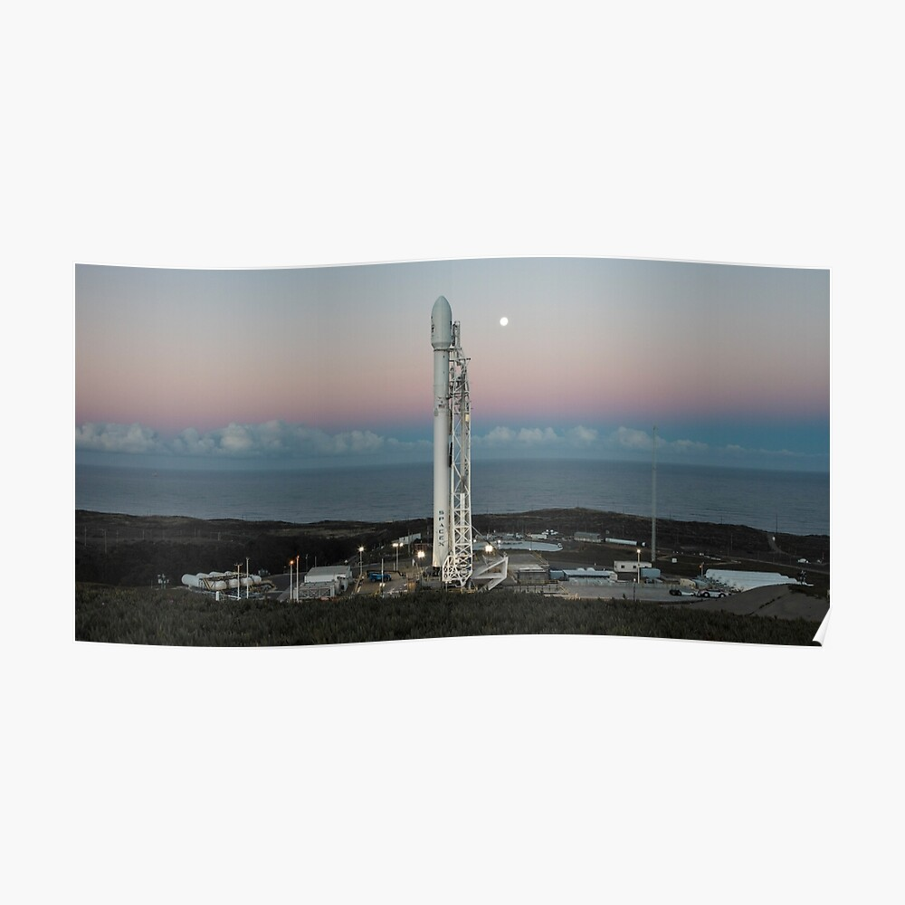 Spacex Falcon 9 bei Launch Pad Poster