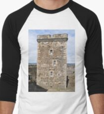 Blackness Castle ( Fort William in Outlander ) Scotland Men's Baseball ¾ T-Shirt